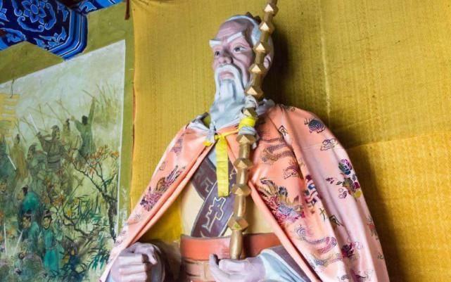 姜子牙封神竟忘了自己,于是灵机一动,地位凌驾众神之上!