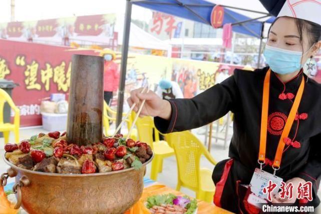 """""""秋老虎""""季节吃暖锅宴!青海湟中暖锅节各式口味犒劳味蕾"""