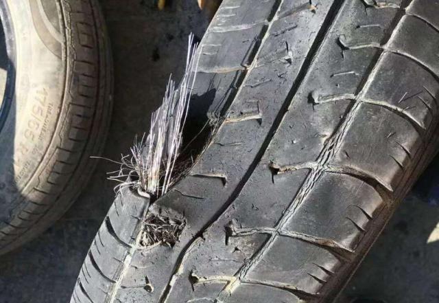 私傢車輪胎最多可用多久?汽修工:超過這個數,多貴的車都會爆胎