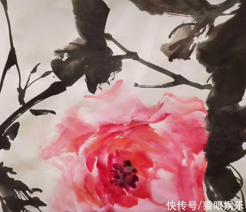 69歲李立群曬老婆畫作,獲網友大贊,因小9歲妻子回眸笑一見鐘情