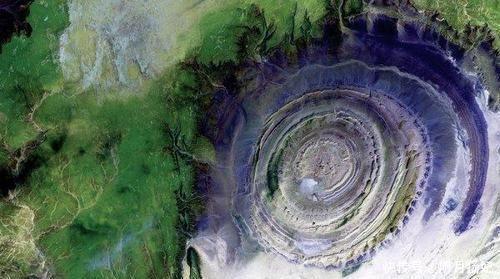 地球上有一隻神秘的「眼睛」,一直死死地盯着太空,見過嗎