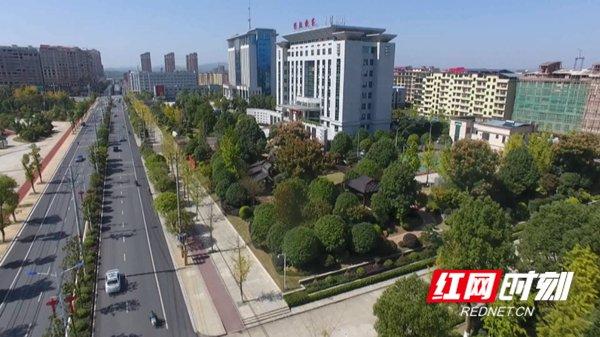 """祁阳:绿化为生态宜居城市""""锦上添花"""""""