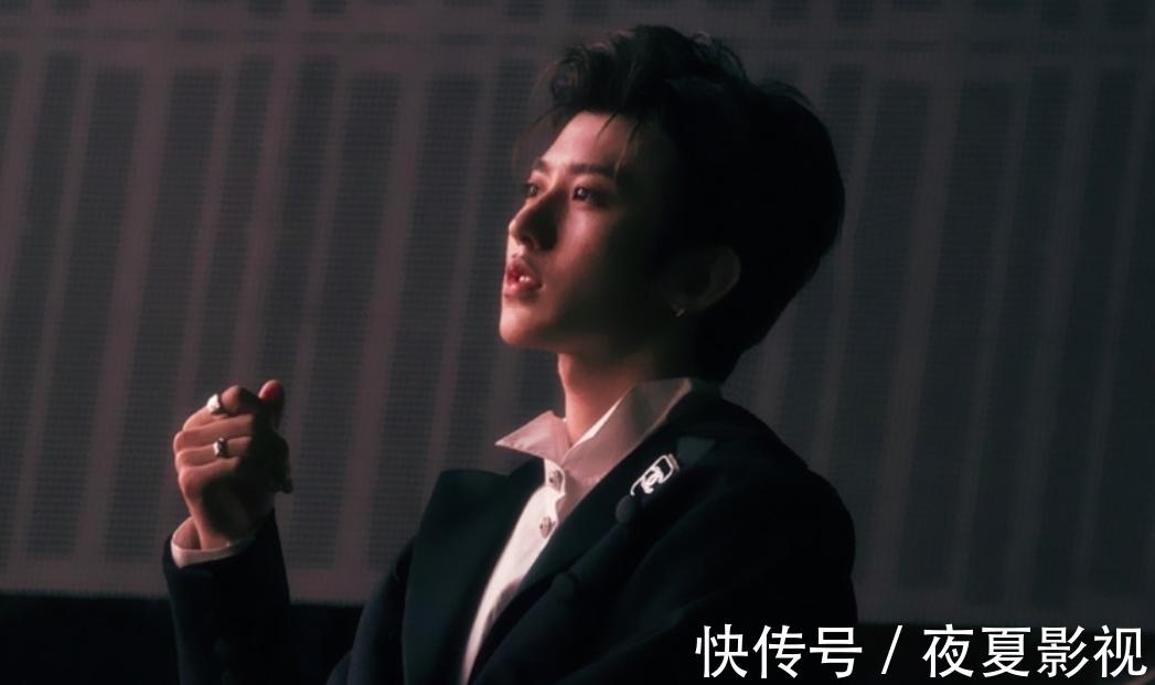 综艺感 蔡徐坤没有签公司,大环境下,他无法通过自己的力量获得电影机会