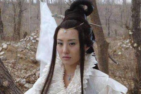 """前妻 曾是仙气十足的""""嫦娥""""姐姐,也是聂远的前妻,如今36岁单身一人"""