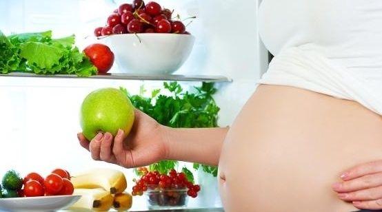 孕期應該怎麼吃?孕媽在這幾個階段吃對了,對自己和胎兒都好!