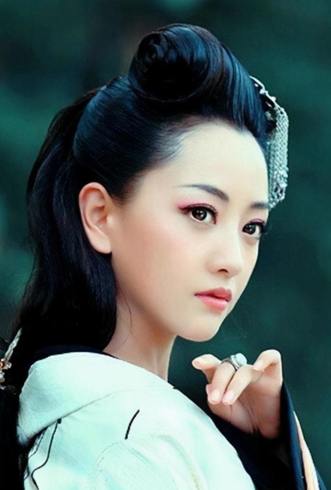 """""""最懒女星""""杨蓉:把演戏当兼职,颁奖基本不去,至今仍戏约不断"""
