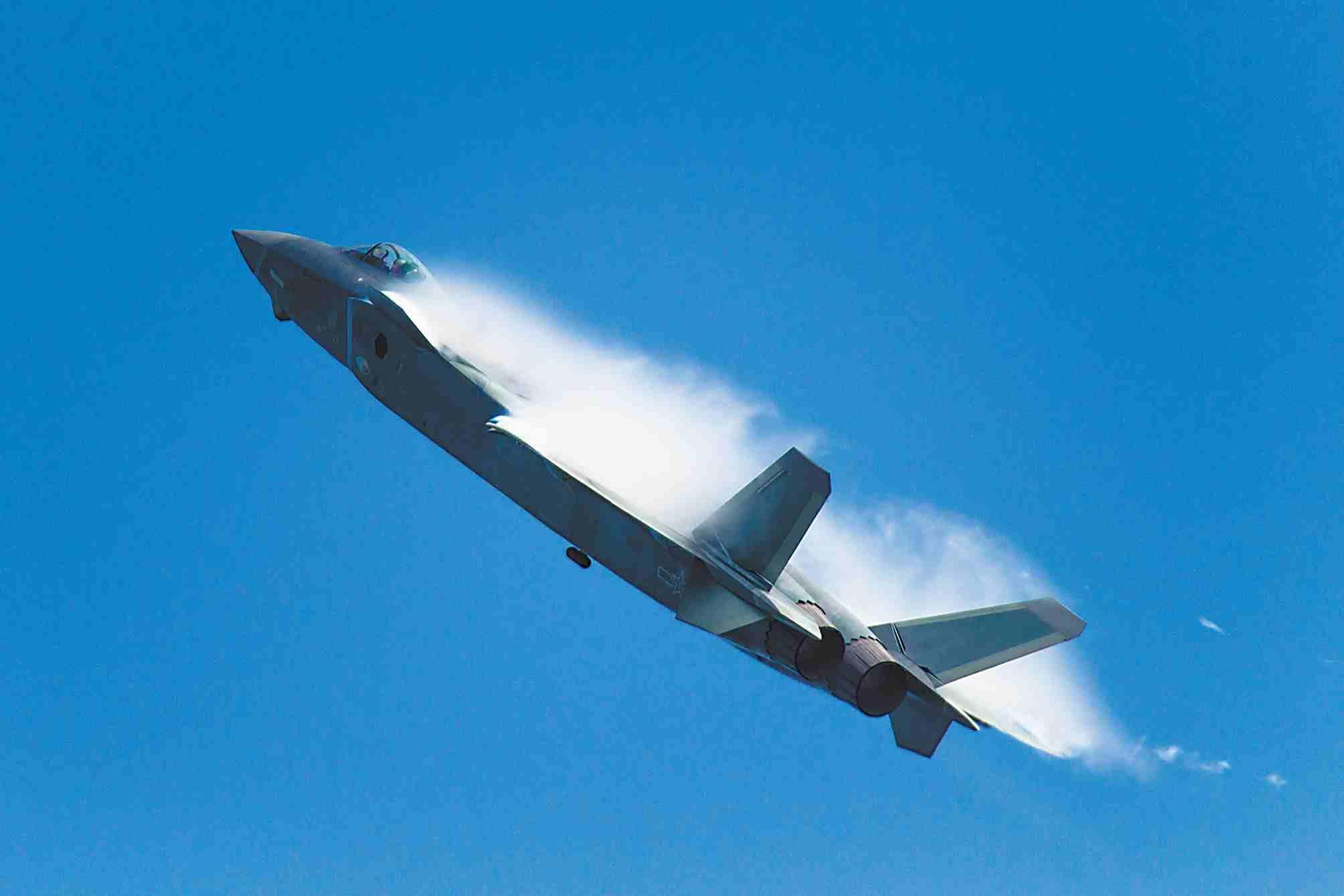 歼- 20首飞十年,期待下个X-20