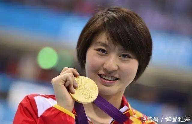奥运蝶泳冠军焦刘洋,淡出体坛后,嫁给外籍丈夫,成为全职太太