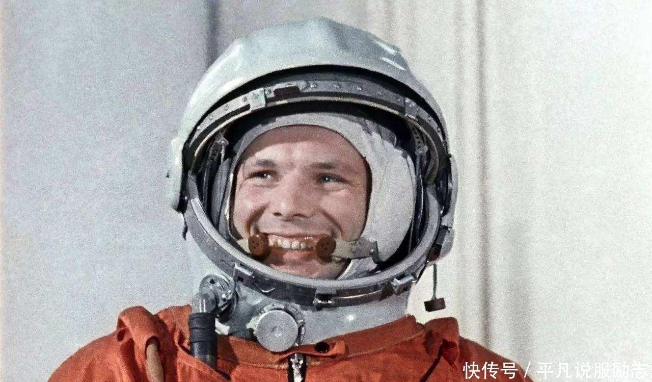 即将|3位宇航员永远留在了太空,却只有他飘过冥王星,即将飞出太阳系