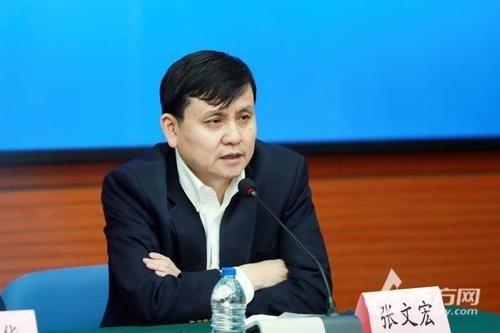 面临 张文宏:冬季到来,全国都将面临这个风险!