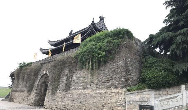 """我國現存最早的古城,比平遙古城早100年,號稱""""地下博物館"""""""