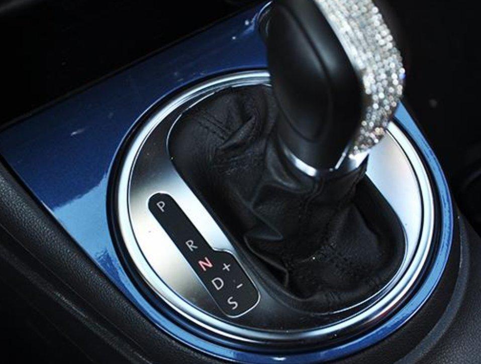 怎麼開自動擋最省油?老司機:方法不對,油耗高1倍!