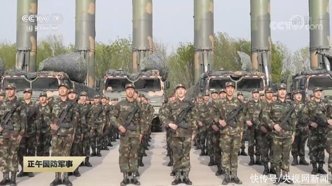 火箭軍部隊新型導彈旅曝光 東風導彈成建制出現