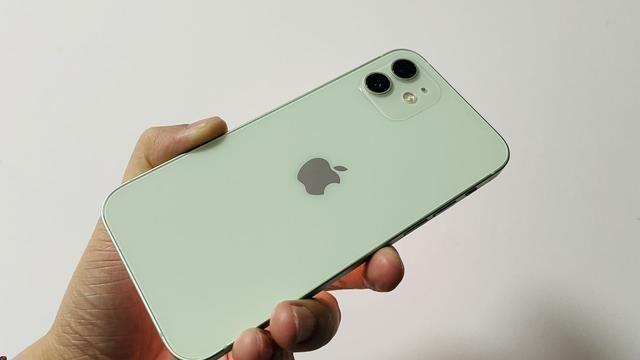 苹果|iPhone 12使用一周了,让我又爱又恨,感觉苹果在开倒车