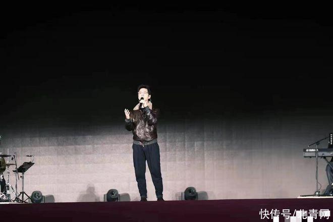 李健回母校清華大學綵排 學子曝師兄人很溫柔