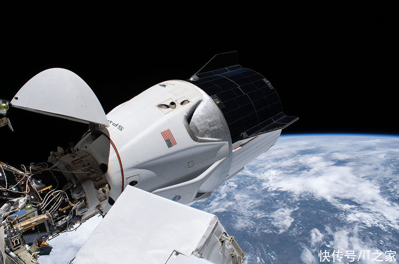 NASA 證實:SpaceX 龍飛船打破載人航天器壽命紀錄,達到 168 天