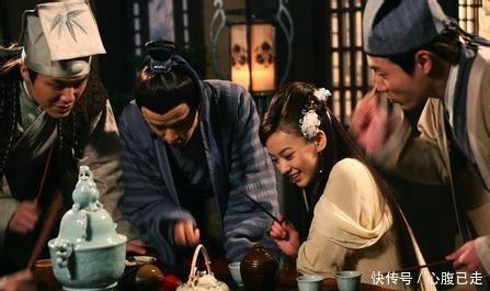 """俗话说,""""菜不摆三,筷不成五,席不成六""""是何意佩服古人智慧"""