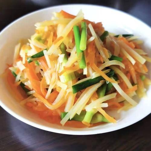 蒜苔炒雙絲,家常小炒菜,有滋有味