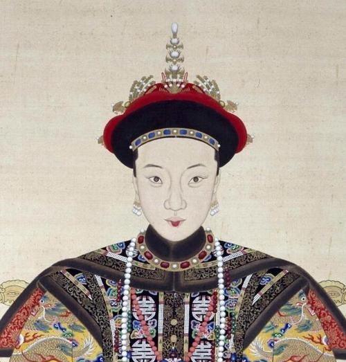 清朝唯一一个敢跟皇太后作对!历经四朝,封皇贵妃,却守寡58年