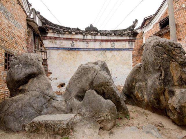藏在大山中的村落,距今已1000多年,百歲老人隨處可見