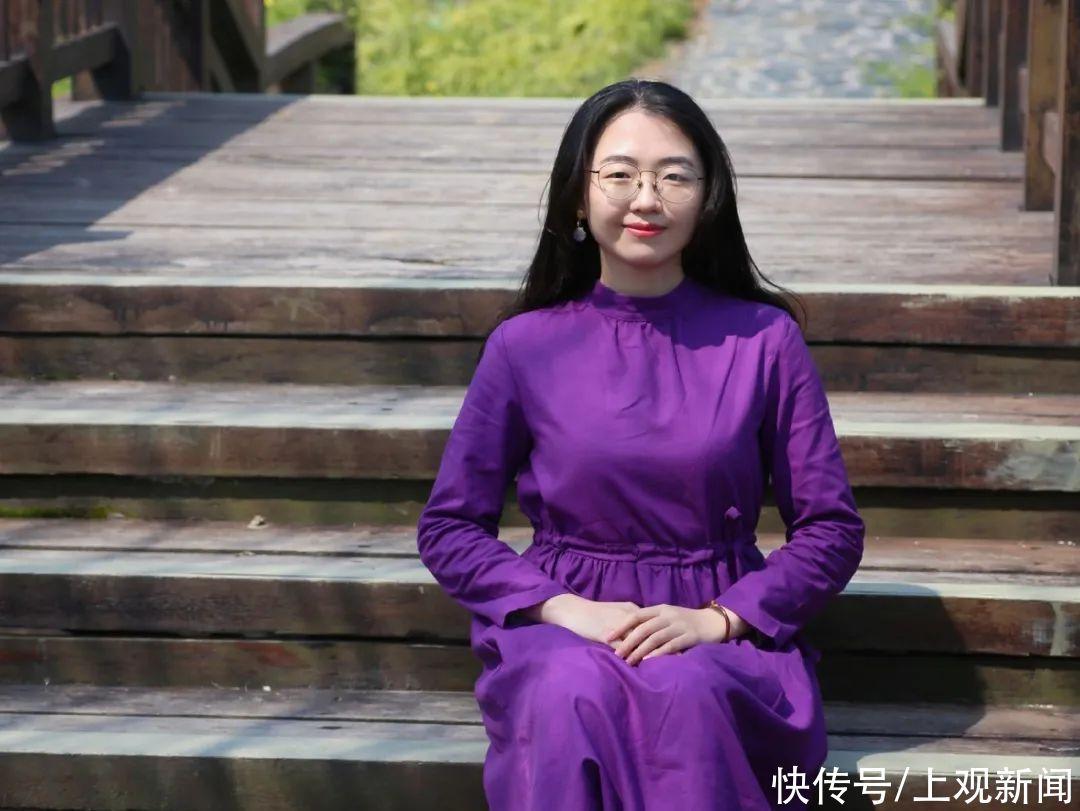 """理工跨界人文,連續兩年收獲國家獎學金,她就是""""仰望星空""""的上大哲學系女孩"""