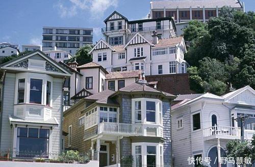 """全球最""""無奈""""國傢,房產幾乎被中國人買斷,當地人隻能租房住"""