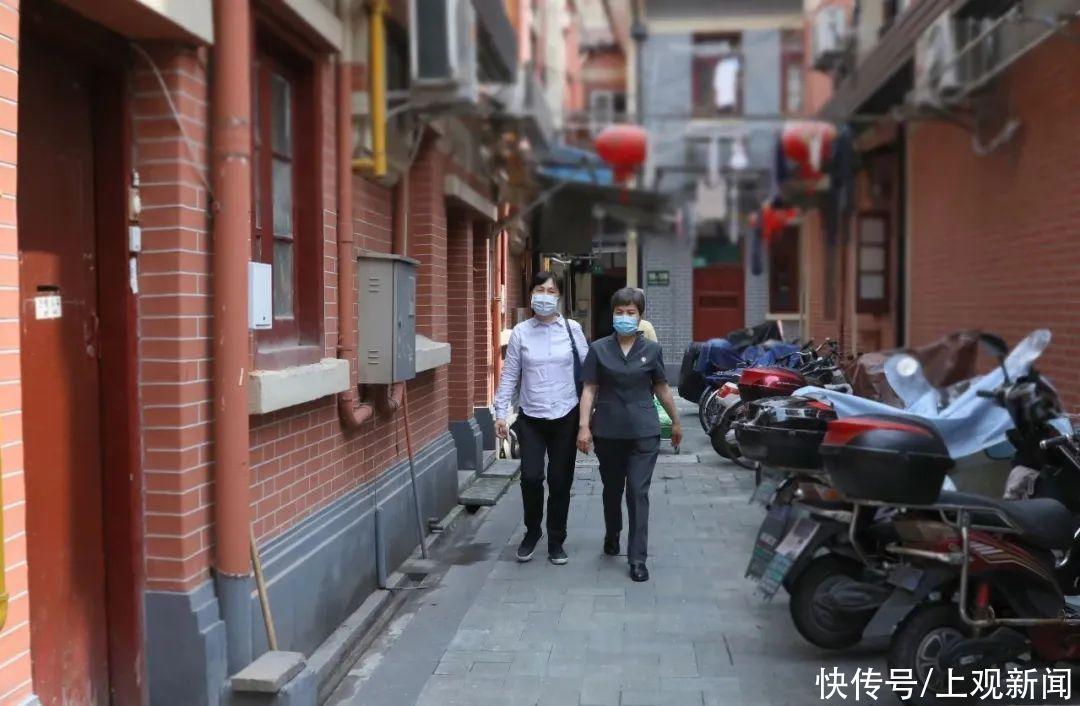 """上海法官上門瞭,""""勝訴退費""""送到傢!丨我為群眾辦實事"""