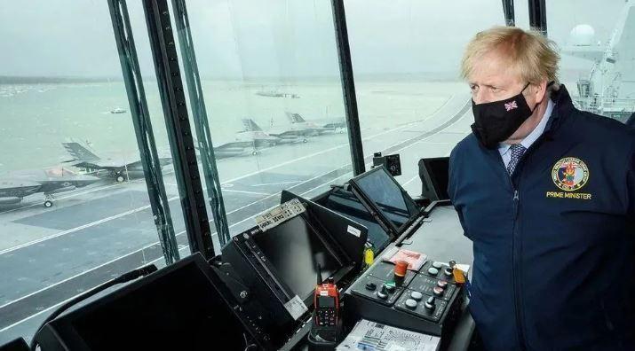 英國航母氣勢洶洶來亞太,誰會怕它!
