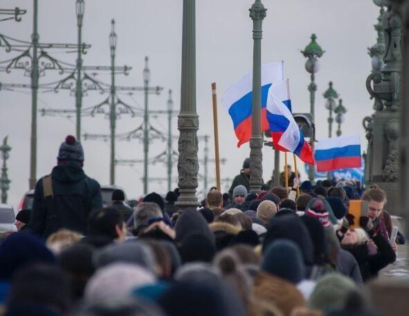 果然来了,拜登刚上任俄罗斯就乱了,俄外交部警告:勿干涉内政