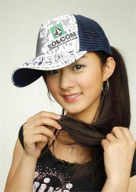 赵丽颖10年前的照片被扒出,网友:整没整过一看便知