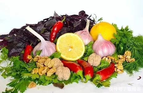 冬季,该吃什么水果该吃水果可以护肤
