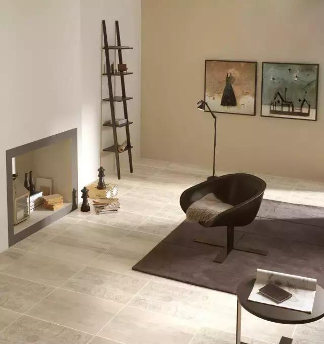 材料|客厅地面这么铺,比木地板好看100倍,难怪有钱人都学着做