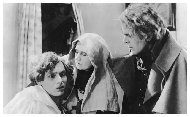 童年陰影系列,五部吸血鬼經典電影,時隔多年,觀眾依然百看不厭