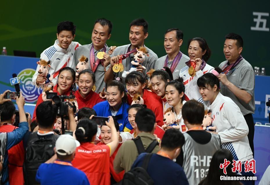 夺冠|第十四届全运会女篮成年组决赛奥运组合队夺冠