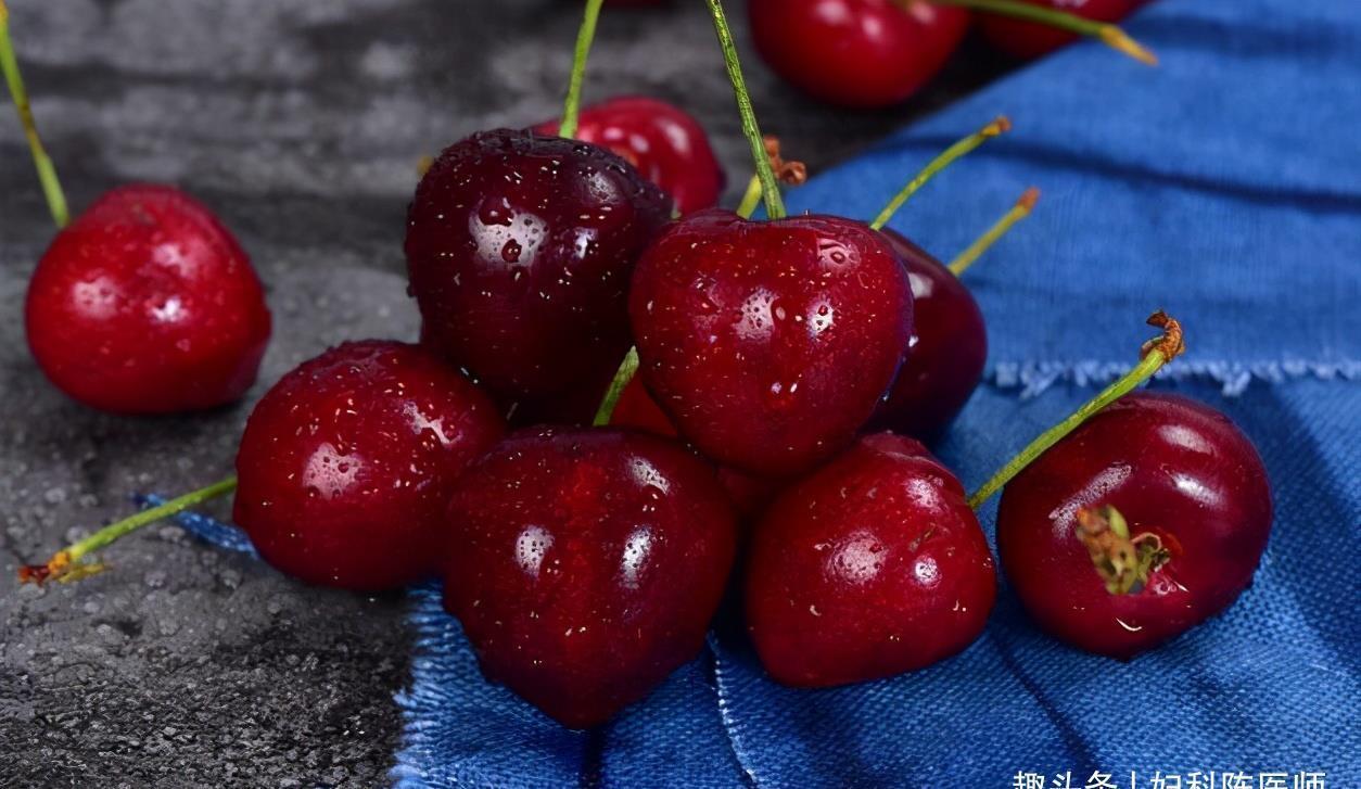 营养成分 人到中年想长寿,推荐吃3种食物,滋润肌肤,排毒消脂,缓解便秘