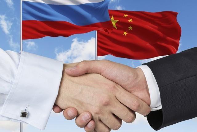 """""""你們惹錯中國瞭!""""俄羅斯直接把話挑明,歐美的好日子終於到頭"""