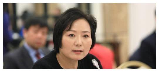 中國最貴的離婚案,丈夫分給前妻235億,讓她成為加拿大第三富豪