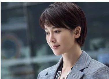 她曾是体操冠军,16岁被姜文看中,和陈道明传绯闻,如今很幸福!