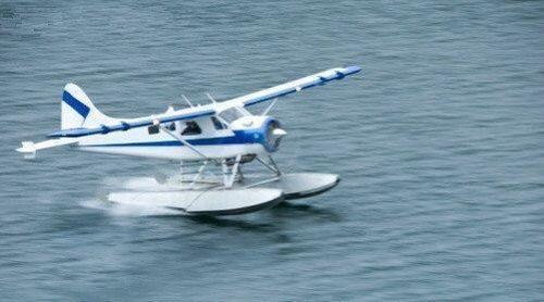 水面|水上飞机是如何从水面起飞的?
