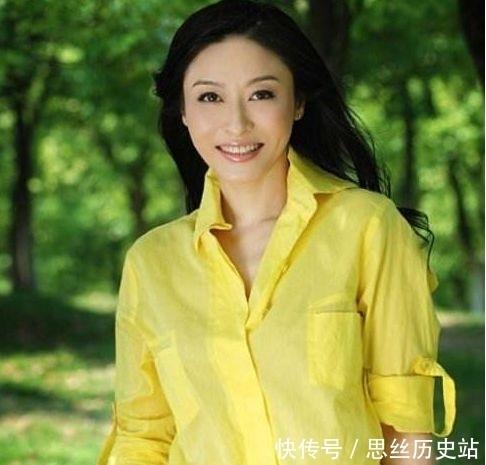 她是前湖南衛視著名主持,因丈夫出軌同事辭職,今怎麼樣瞭?