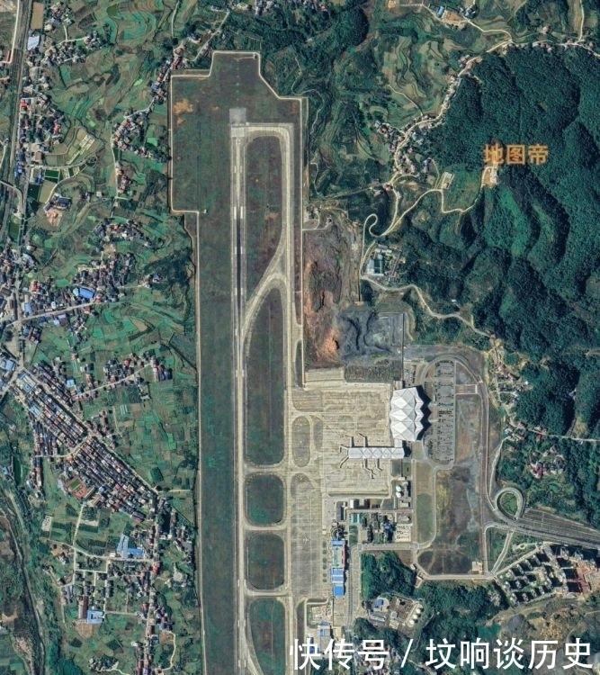 航拍张家界荷花机场,湖南第二大机场