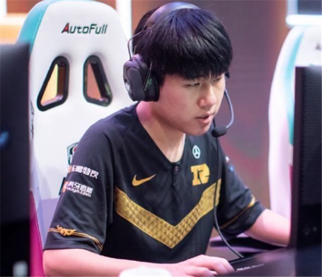 uzi|RNG选手mlxg谈复出,毫不犹豫给出答案,uzi和姿态没法原谅他了