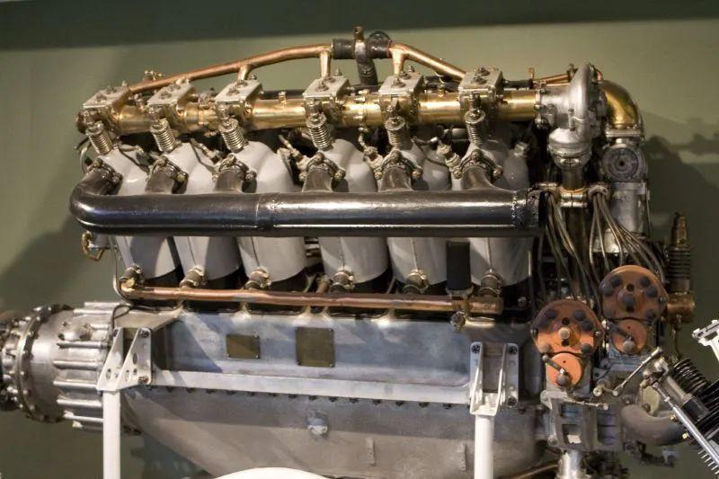 汽车知识 十大未解之谜——劳斯莱斯到底造不造飞机发动机?