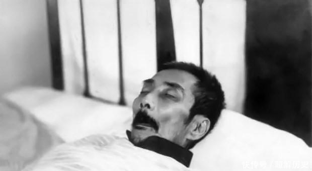 鲁迅出殡时16人为其抬棺,名气一个比一个大