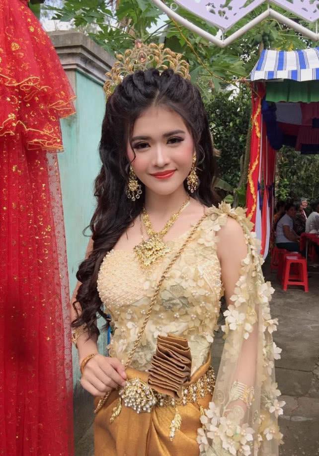 明星八卦|奇闻越南新娘走红网络,看见老公颜值沉默了,网友表示不理解