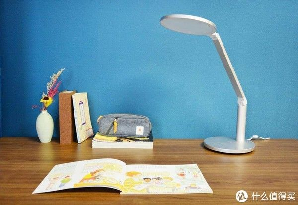 好物精选 篇三十九:专为孩子设计的光源,孩视宝护眼灯Ok08实