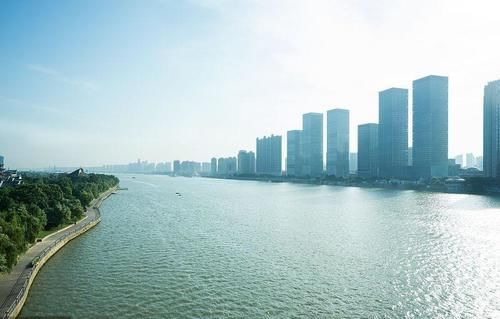 福州房價五連跌,兩萬炒房客被套福州樓市,4月第一周福州樓市數據出爐