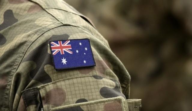 """雙重傷害!澳洲女兵在軍營遭性侵後,竟被軍官在士兵面前""""點名"""""""