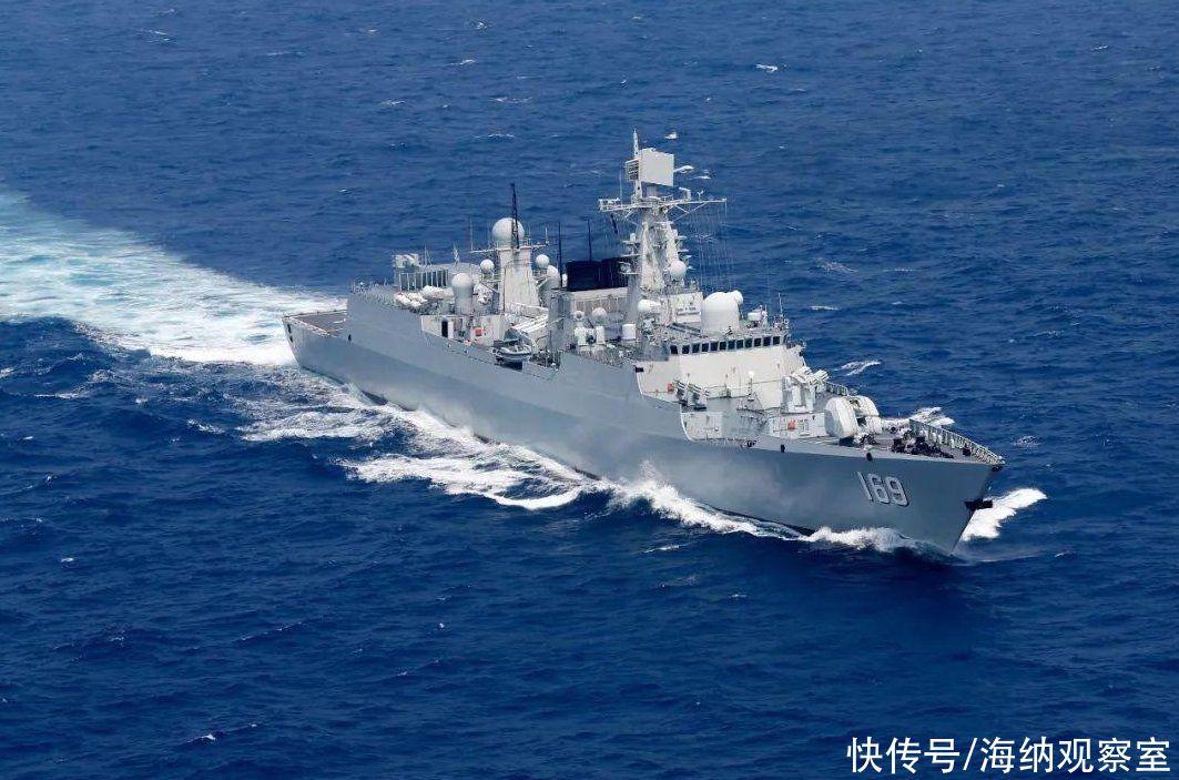 解放軍東海、南海大練兵,9大戰艦組合出動,炮彈齊發,信號明確