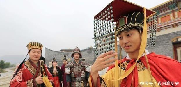 皇帝用對聯殿試狀元,「無錫錫山山無錫」,對出下聯讓你官居三品
